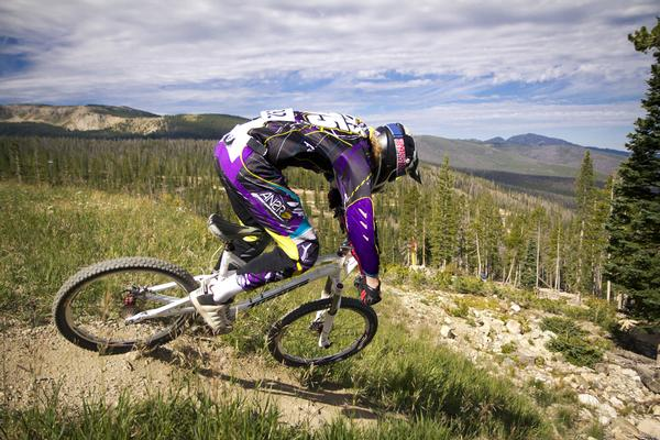 15 MOUNTAIN BIKE TIPS FOR BEGINNERS